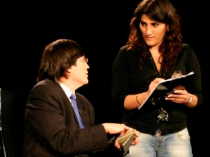 El Nino Terrible Jaime Bayly Triviados .con una mujer muchos años menor provocó el alejamiento de sus hijas por cuatro años y lo llevó a escribir su último libro: triviados